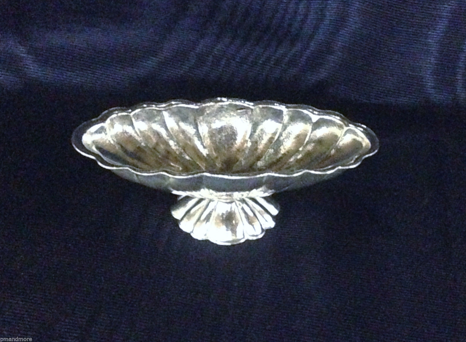.925 Sterling Silver Decorative Art miniature Oval Vegetable serving bowl