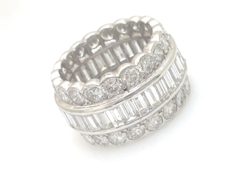 HEAVY 9.3 CT PLATINUM 3 ROW ROUND & BAGUETTE DIAMOND ETERNITY BAND VS/E-F SIZE 7
