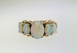 VINTAGE 14k YELLOW GOLD OPAL ESTATE RING ~ GRADUATING RING